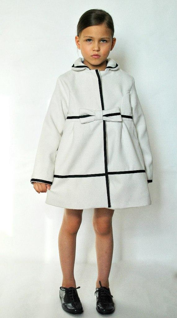 Фото 3: Пальто Jacadi для девочек белого цвета