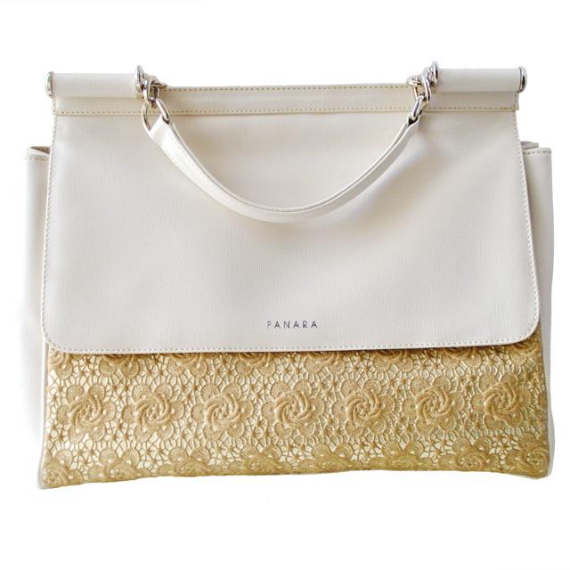 Современная интерпретация классическая сумка. Применена уникальная технология ажурной вышивки по коже. Ультрамодная модель 2015г. Фото 1
