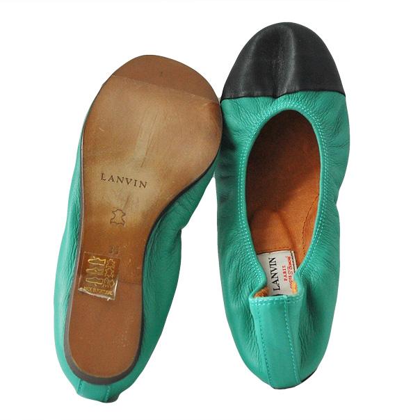 Балетки - идеально подойдут как для девочек, так и женщам. Текстурированная кожа, двухцветный узор, эластичные вставки. Скругленный носок. Фотография: 4