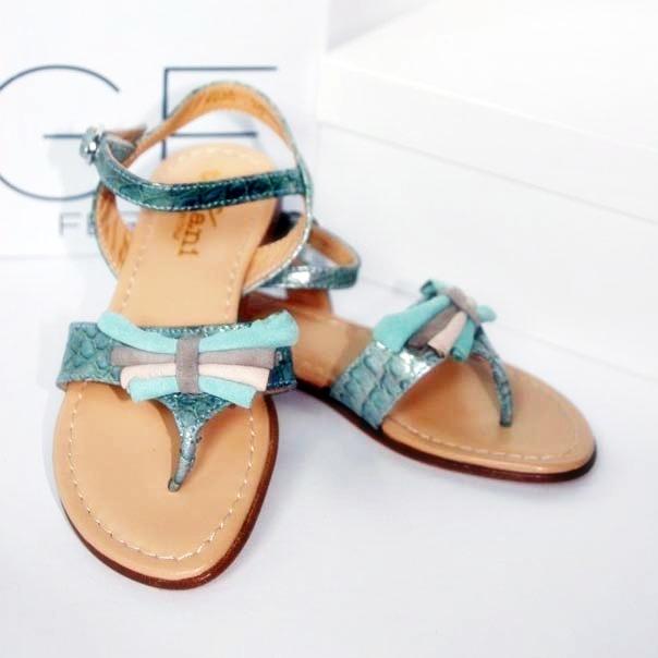 Фото 2: Модные босоножки для девочек Tiffani
