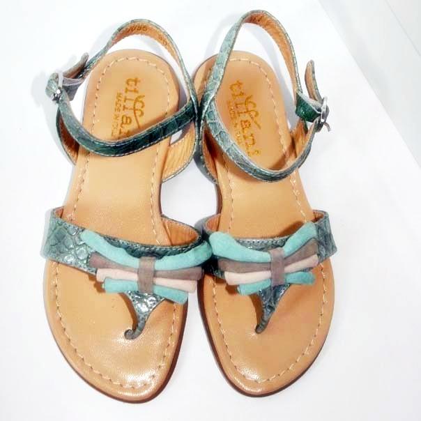 Фото 5: Модные босоножки для девочек Tiffani