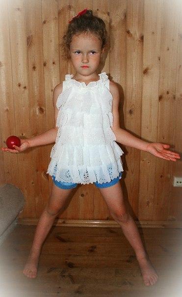 Фото 7: Белое праздничное платье для девочек