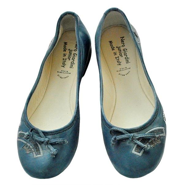 Кожаные туфли - идеальное решение для лета. Верх кожа, внутри кожа синего цвета. Картинка: 2