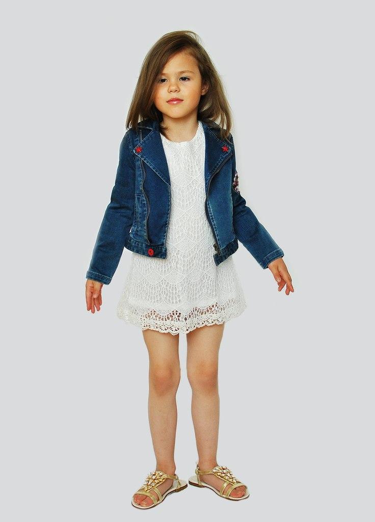 Фото 3: Нарядное детское платье DKNY