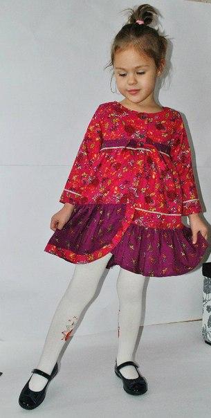 Фото 2: Бордовое платье для девочек Kenzo
