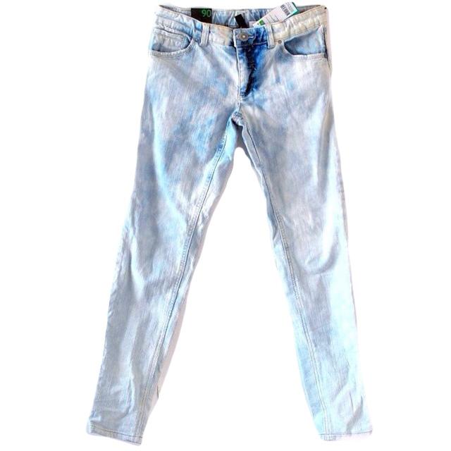 Фото 1: Классические джинсы Benetton для девочек