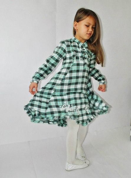 Фото 4: Платье зеленое в декоративную клетку WeKids by KappAhl