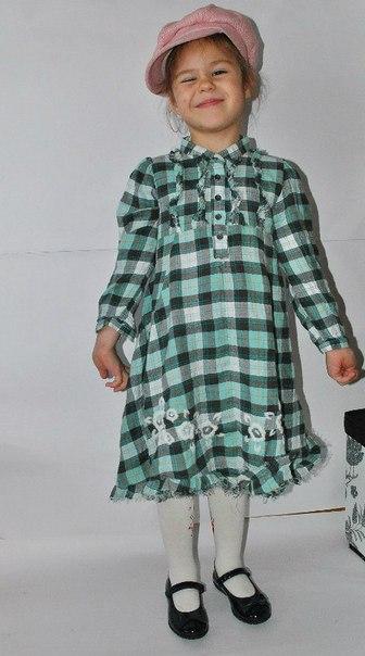 Фото 5: Платье зеленое в декоративную клетку WeKids by KappAhl