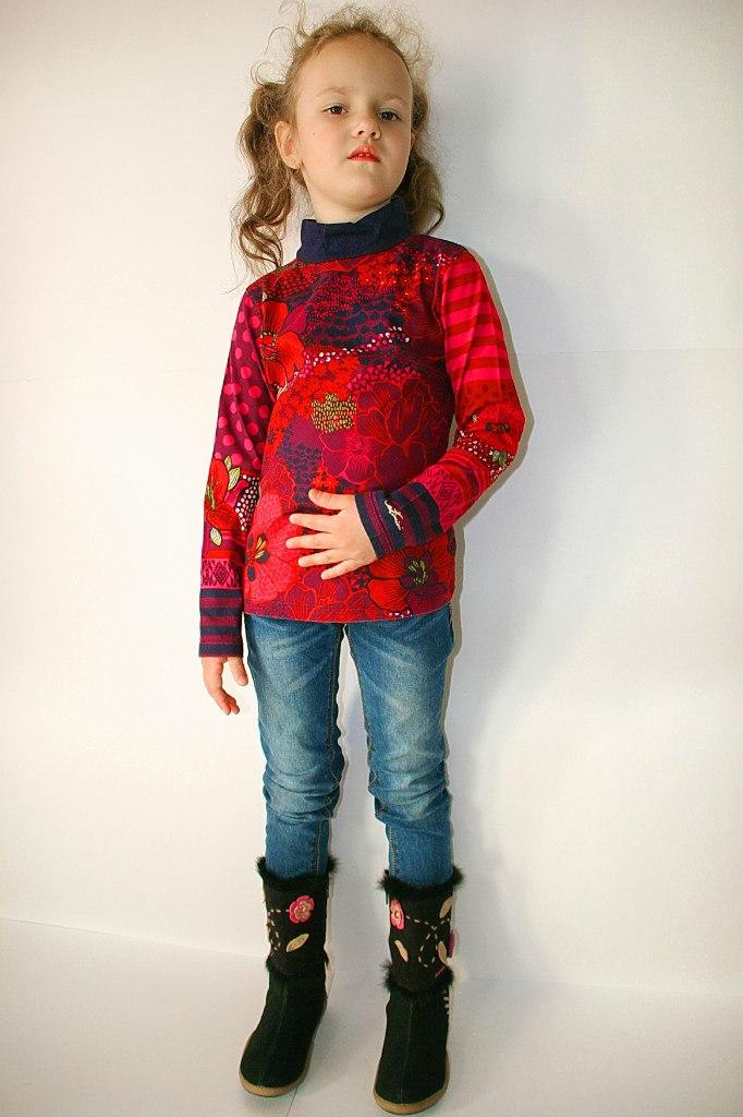 Фото 3: Детская футболка Catimini- принт яркие цветы