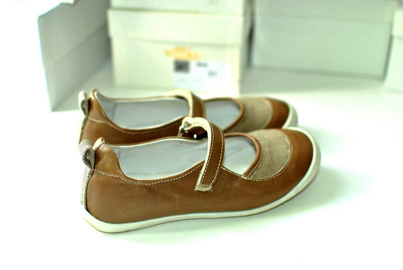 Фото 4: Туфли для деовчек Kipling