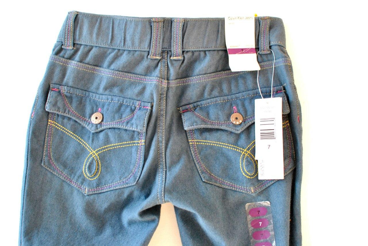 Фото 3: Классические джинсы Calvin Klein для девочек на лето
