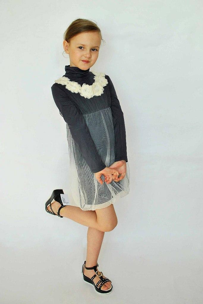 Фото 3: Детское нарядное платье Sisley