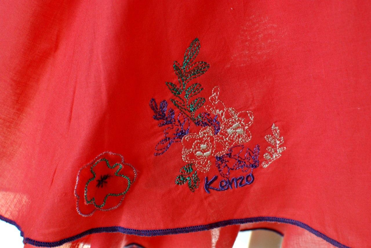 Фото 3: Яркий сарафан Kenzo для девочек