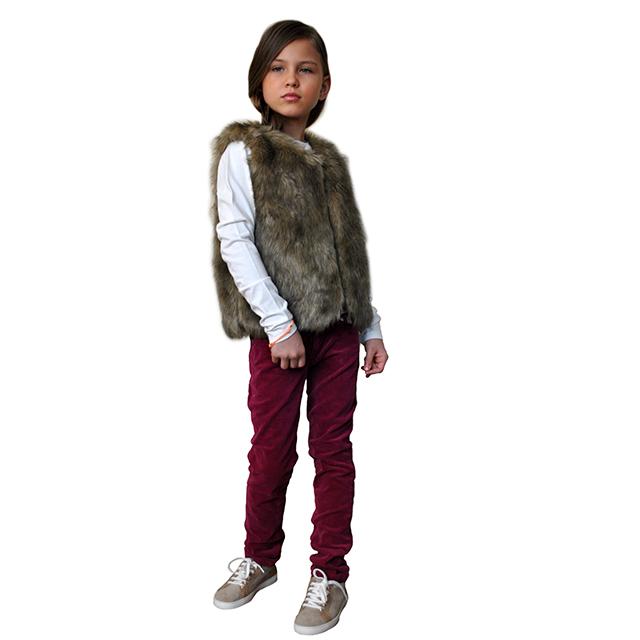 Меховая жилетка ETHIK SISTers для девочек. Фото: 9