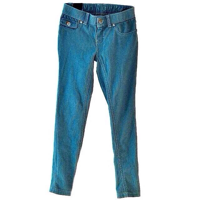 Фото 6: Классические джинсы Calvin Klein для девочек на лето