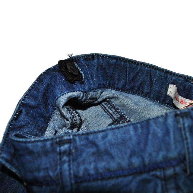 Фото 5: Классические детские джинсы Laura Biagiotti