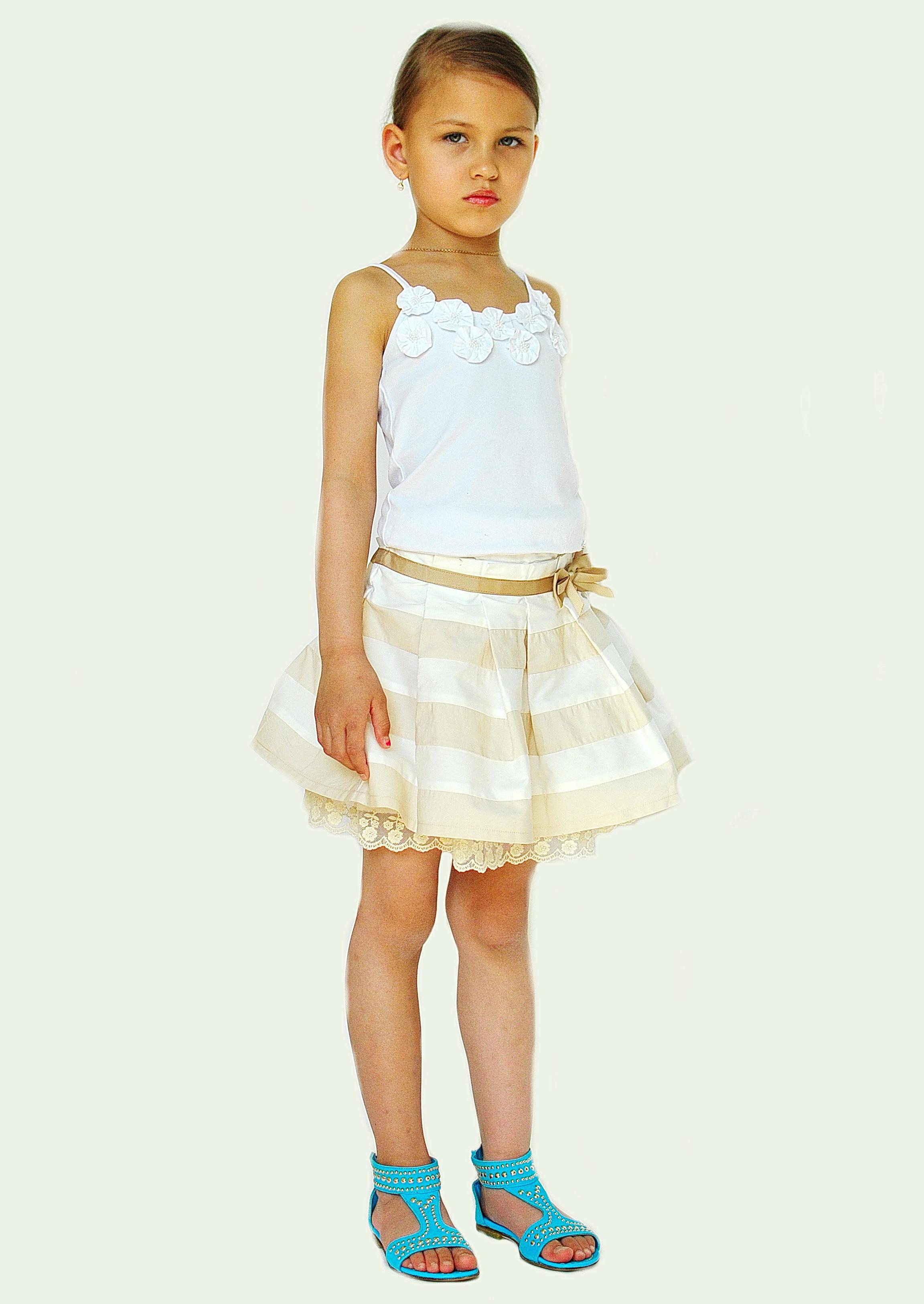 Фото 9: Модная юбка byblos для девочек