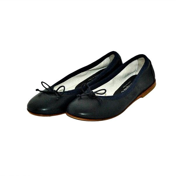 Фото 3: Черные туфли Andrea Montelpare для девочек