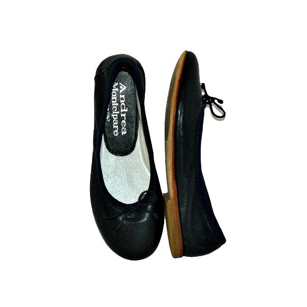 Фото 5: Черные туфли Andrea Montelpare для девочек