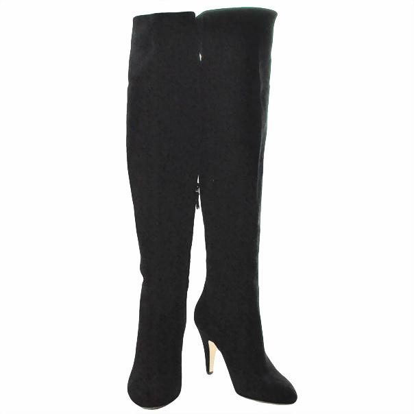Замшевые сапоги, одноцветное изделие, скругленный носок, без аппликаций, внутренняя молния, обтянутый каблук-стилет. Картинка: 3
