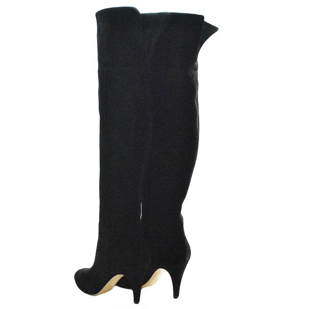 Замшевые сапоги, одноцветное изделие, скругленный носок, без аппликаций, внутренняя молния, обтянутый каблук-стилет. Картинка: 4