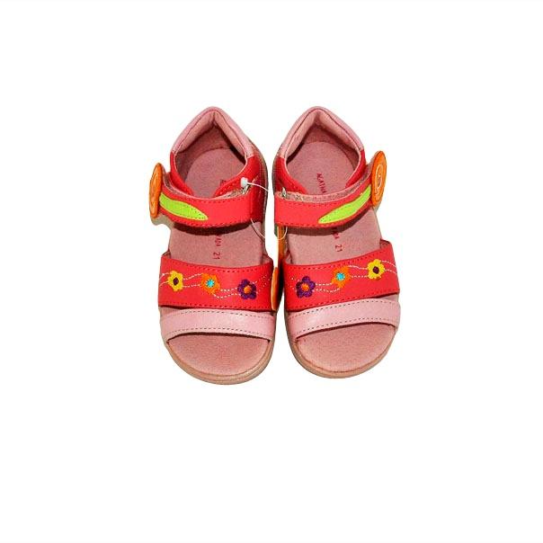 Фото 2: Модные босоножки Agatha Ruiz для малышей