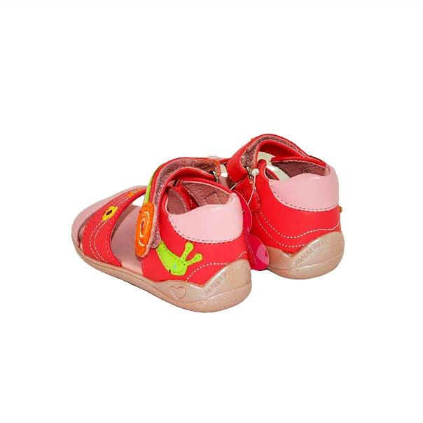 Фото 6: Модные босоножки Agatha Ruiz для малышей