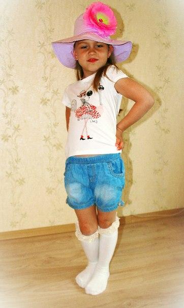Фото 4: Белая футболка для девочек LMJ с рисунком