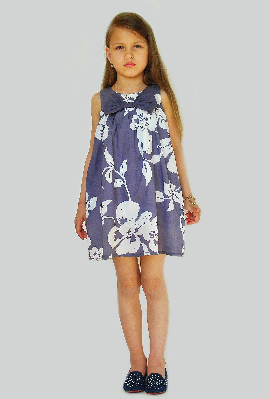Фото 5: Яркое платье GUESS
