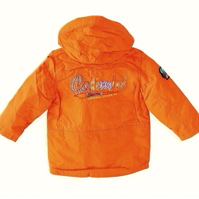 Фото 2: Оранжевая утепленная куртка Catimini