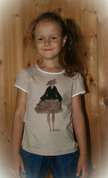 Фото 4: Футболка Dior для девочек с рисунком