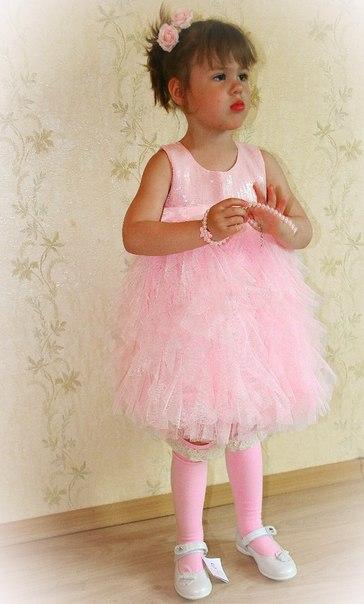 Фото 1: Детское нарядное платье для девочек