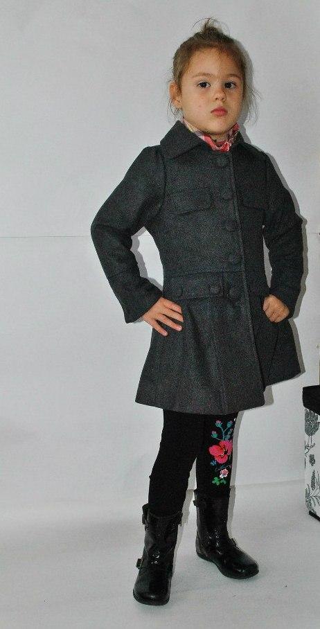 Фото 6: Модное серое пальто Sisley для девочек