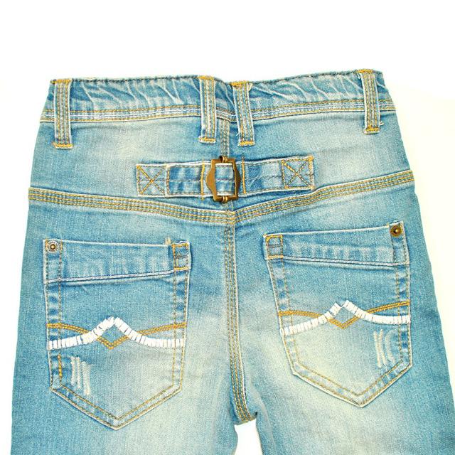 Фото 4: светлые джинсы высокой посадки для девочек