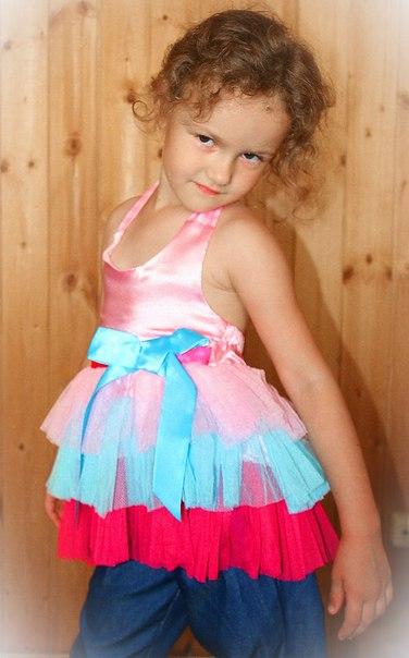 Фото 4: нарядная туника Guess для девочек