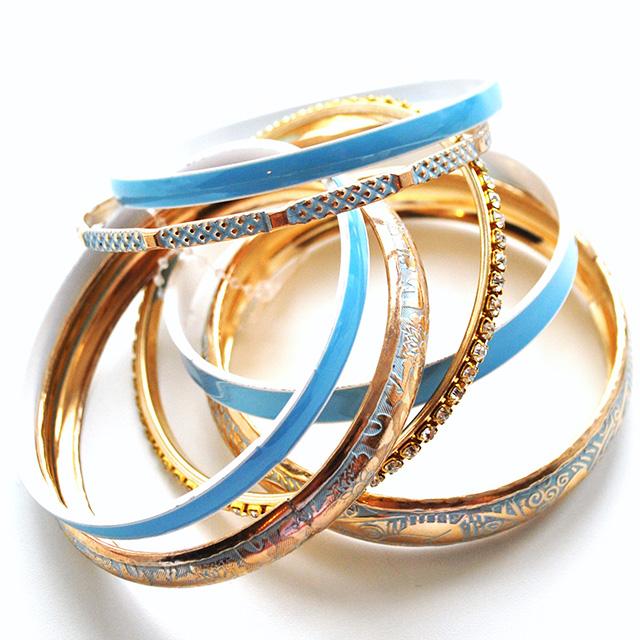 Фото 1: Набор браслетов можно носить по одиночно и набором.