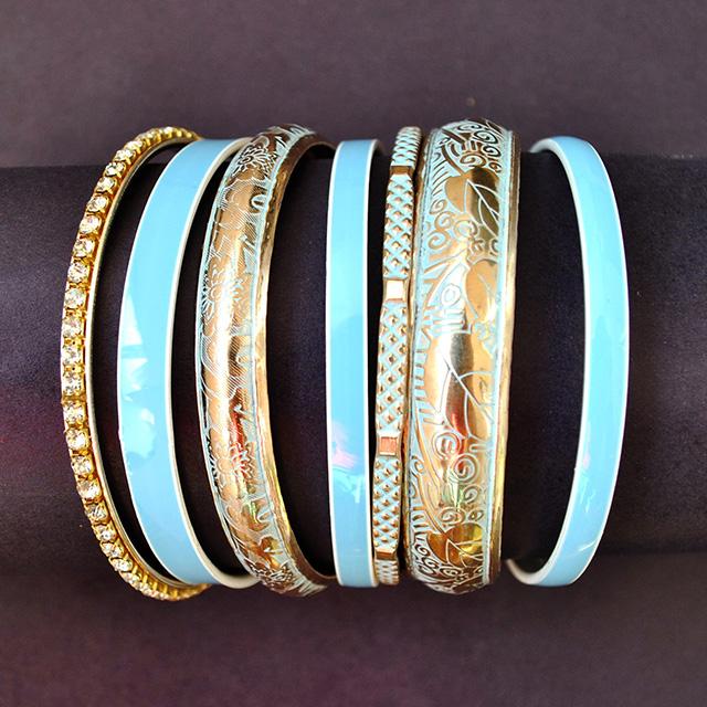Фото 3: Набор браслетов можно носить по одиночно и набором.