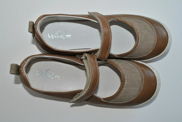 Фото 2: Туфли для деовчек Kipling