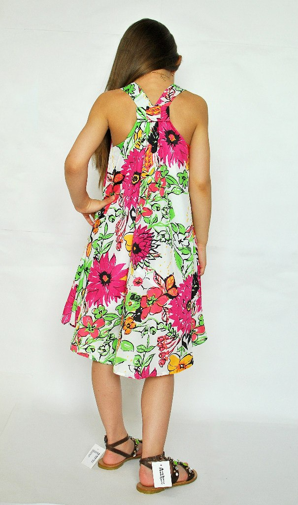 Фото 4: Яркий сарафан DKNY для девочек