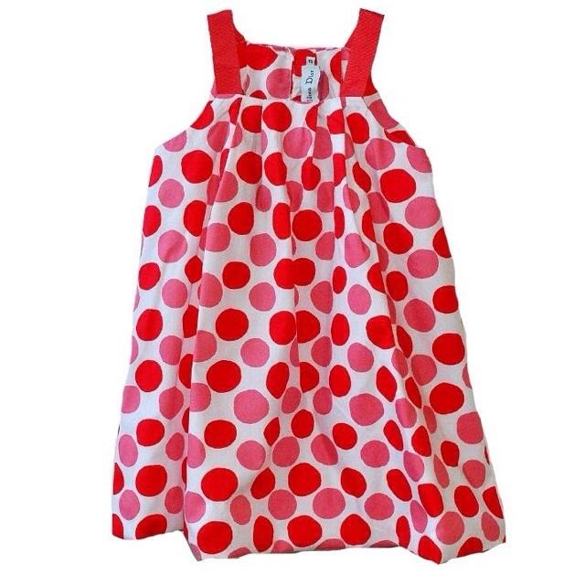 Фото 1: Красный в кружочек сарафан для девоче