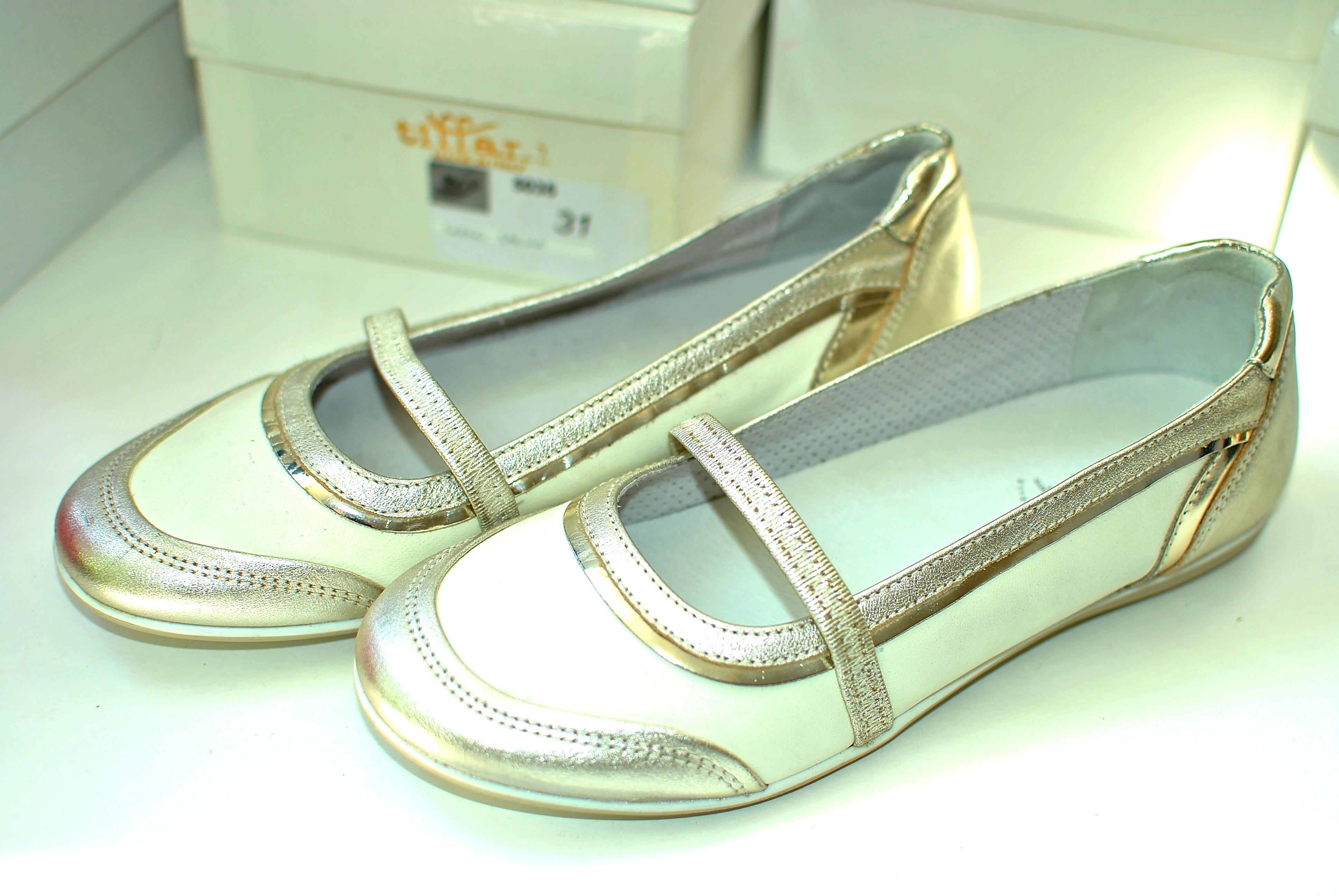 Фото 4: Итальянские кожаные туфли Nero Giardini для девочек