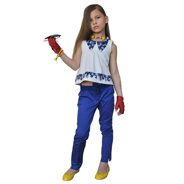Классические синие брюки. На поясе бант, зауженные к низу. Фото: 8