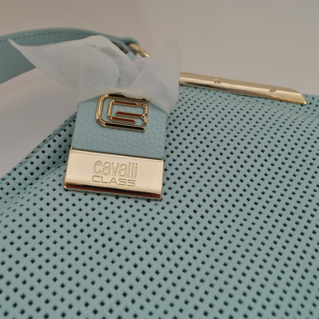 Женская сумка выполнена из натуральной кожи теленка (питона). Удобная вместительная модель, представлена в 2-х цветах бирюзовый, светло-кофейный. натуральная кожа теленка, натуральная кожа питона. Фото 4