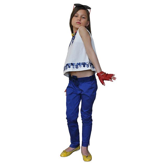 Классические синие брюки. На поясе бант, зауженные к низу. Фото: 7