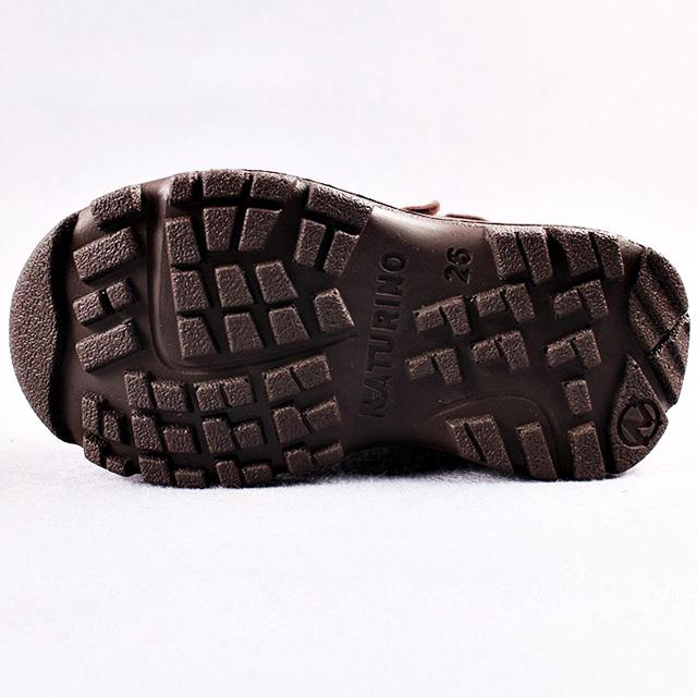 Непромокаемые мембранные сапоги коричневого цвета. Мембрана NATEX, внутри утеплитель шерсть, верх замша. Картинка: 4
