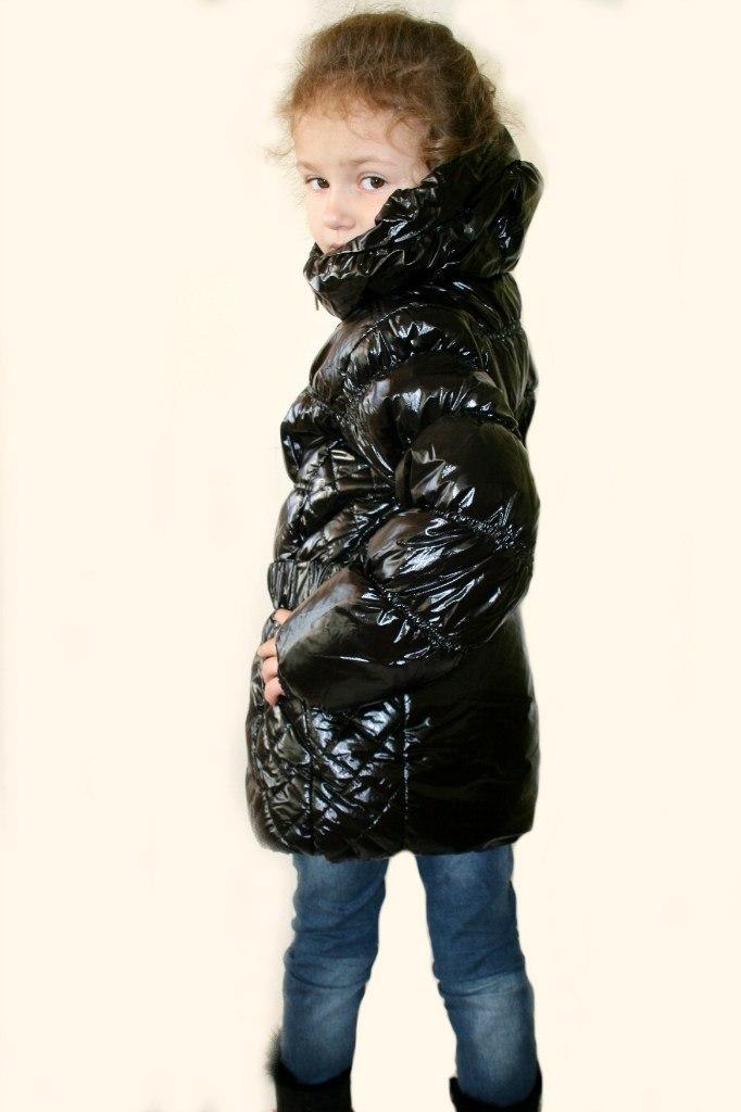 Фото 3: Куртка Ativo черная лакированная с поясом