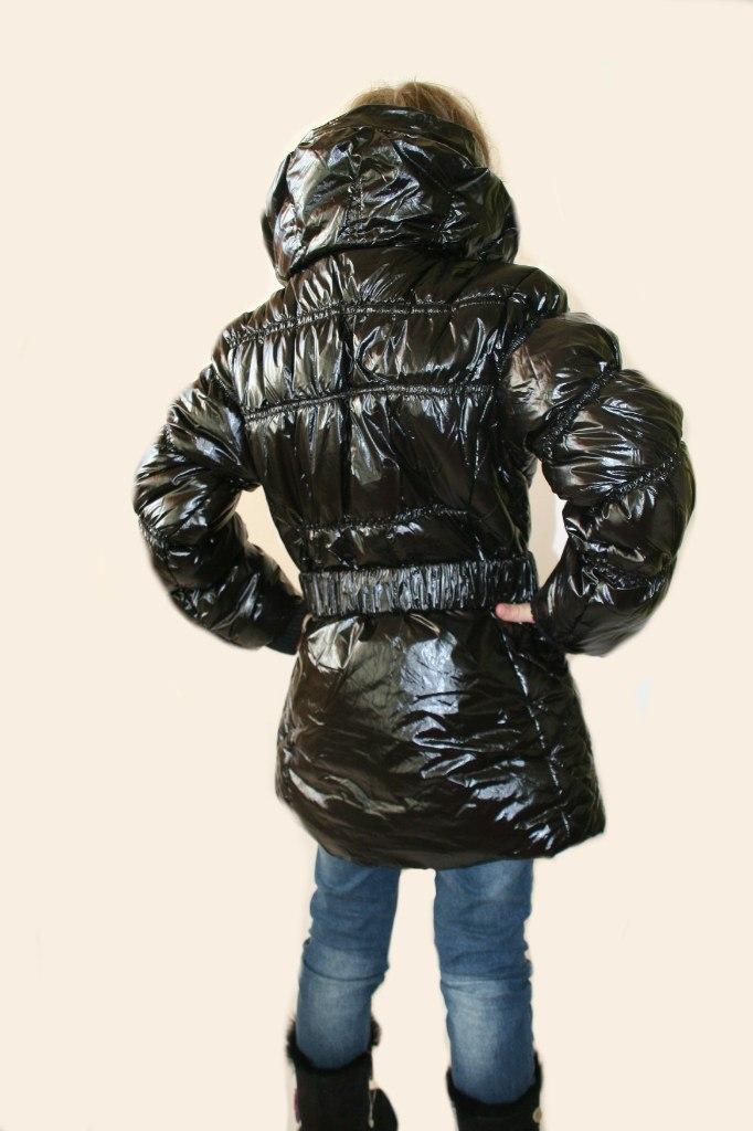 Фото 5: Куртка Ativo черная лакированная с поясом