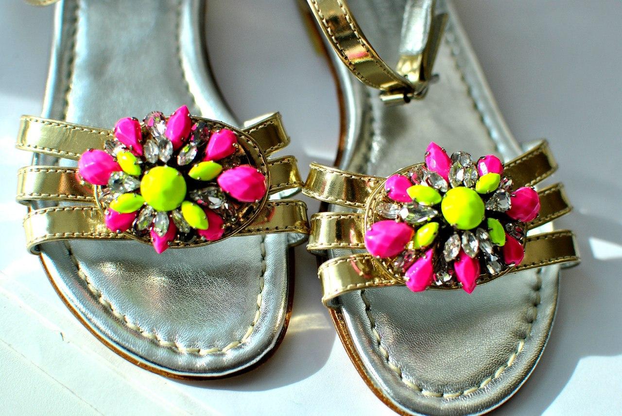 Фото 4: Модные сандалии Andrea Montelparo для девочек