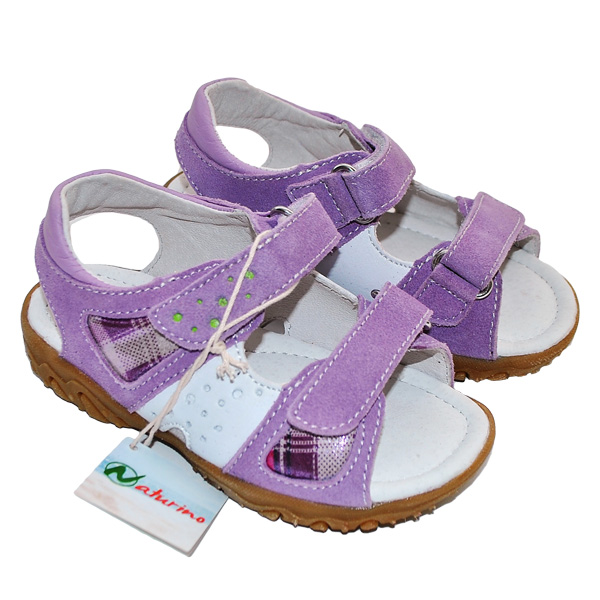 Фиолетовые босоножки Naturino