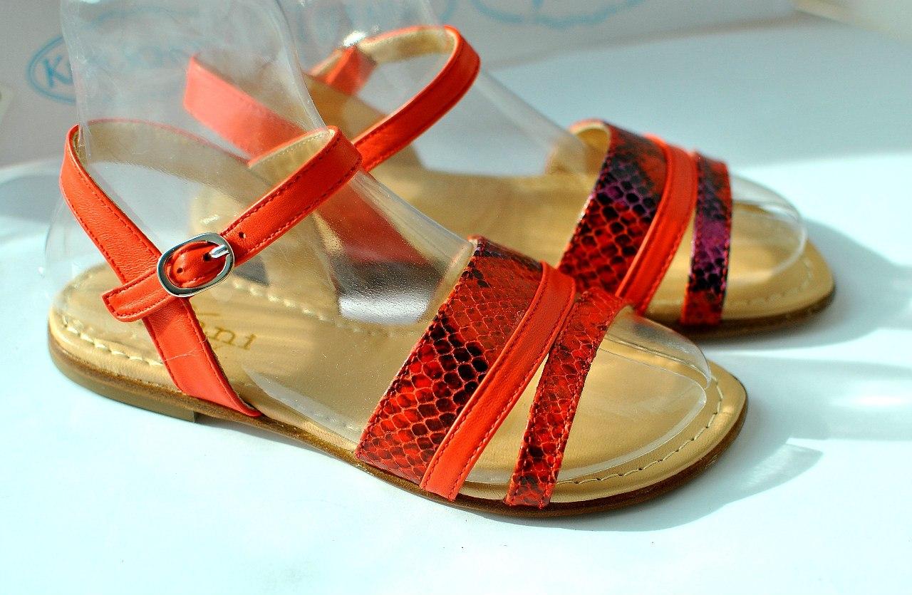 Фото 3: Красные сандалии для девочек Tiffani